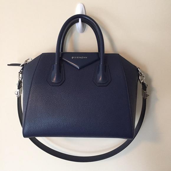 c1c8ffe200 Givenchy Small Antigona Bag